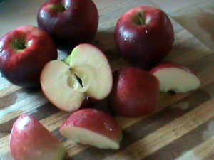 cut apples 1